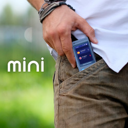 Vasco Mini in a pocket
